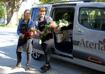 Natalia, Ania, kwiaciarki