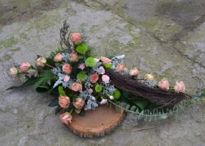 Realizacja - Kwiaciarnia Atena w Luboniu, Traugutta 24A, ze świeżych kwiatów, wieńce, wiązanki, ostatnie pożegnanie, kwiaty na pogrzeb