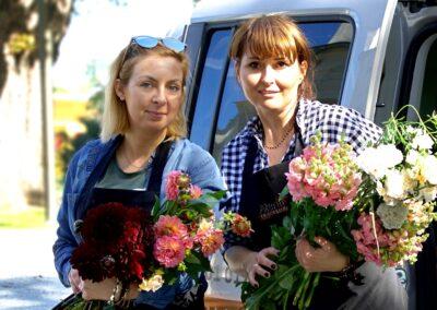 Natalia i Ania z Kwiaciarni Atena w Luboniu
